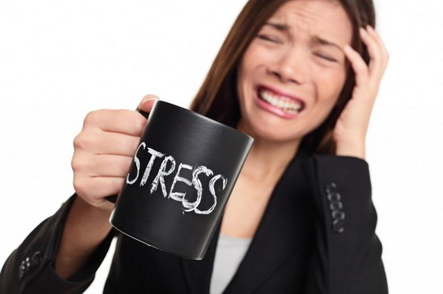 Стресс и выпадение волос